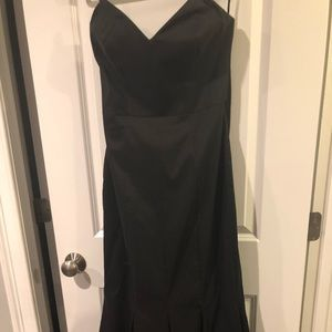 White House black market black mermaid style gown